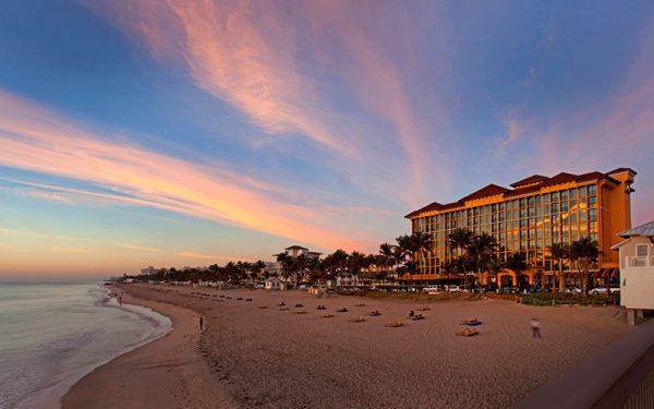 Wyndham Deerfield Beach Hotel